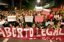 AINDA-MINORIA,-CONTRÁRIOS-A-QUALQUER-TIPO-DE-ABORTO-NO-BRASIL-ATINGEM-41%